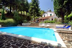 Ferienhaus 1224315 für 8 Personen in San Severino Marche