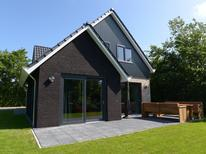 Villa 1225584 per 8 persone in De Koog