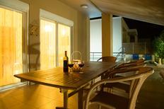 Vakantiehuis 1225690 voor 4 volwassenen + 2 kinderen in Kato Galatas