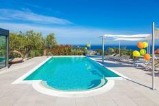 Maison de vacances 1226242 pour 18 personnes , Diano Marina