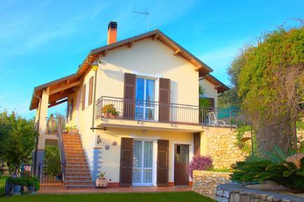 Für 4 Personen: Hübsches Apartment / Ferienwohnung in der Region Diano Marina