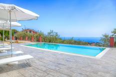 Appartement 1226251 voor 7 personen in Monade Santa Lucia