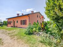 Ferienhaus 1226461 für 7 Personen in Staffoli