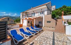 Vakantiehuis 1226837 voor 12 personen in Rovanjska