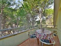 Holiday apartment 1227020 for 6 persons in Mundanije