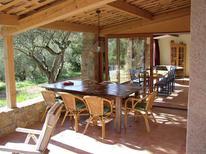Villa 1227321 per 10 persone in Carces