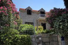 Ferienhaus 1228737 für 15 Personen in Cavtat
