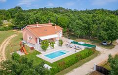 Ferienhaus 1230499 für 6 Personen in Radetici
