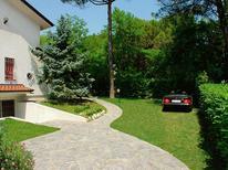 Appartement 1230796 voor 6 personen in Lignano Riviera