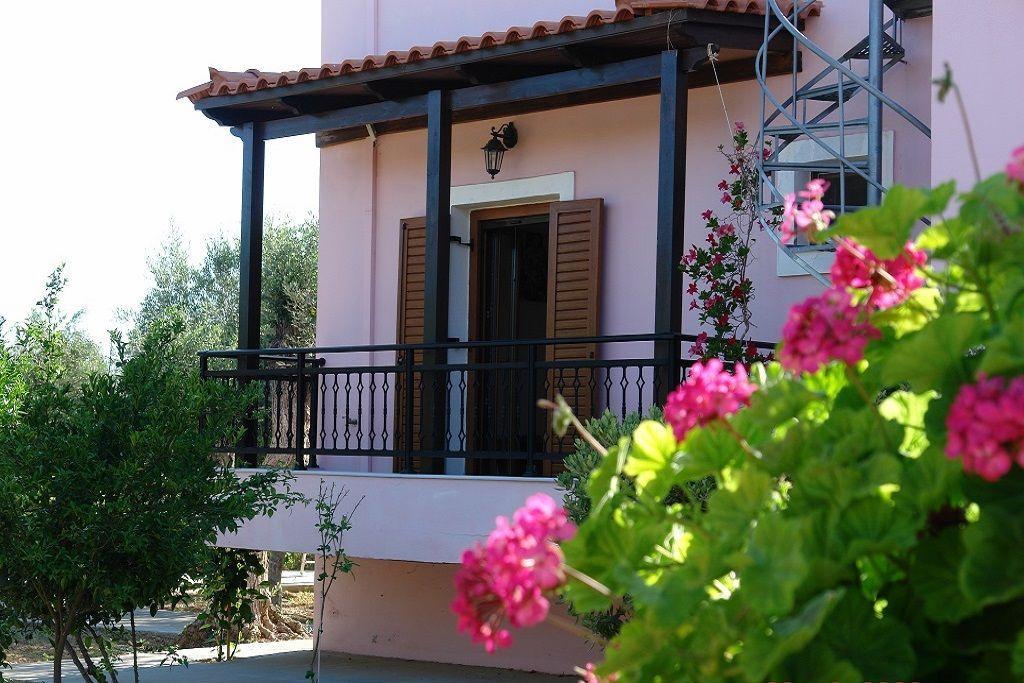 Freistehende Ferienvilla mit zwei Schlafzimmern un   Kreta