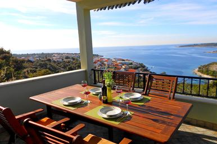 Gemütliches Ferienhaus : Region Dalmatien für 6 Personen