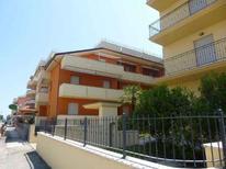 Appartement 1239000 voor 5 personen in Alba Adriatica