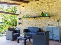 Casa de vacaciones 1239499 para 15 personas en Serra San Quirico
