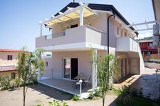 Appartement de vacances 1239741 pour 3 personnes , Santa Domenica di Ricadi