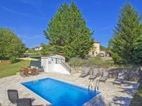 Villa 1242554 per 6 persone in Topid