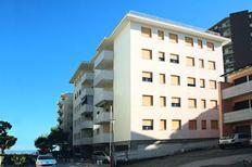 Appartement 1242995 voor 5 personen in Lignano Sabbiadoro