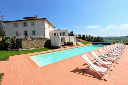 Gemütliches Ferienhaus : Region Toskana für 18 Personen