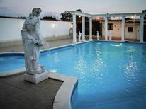 Vakantiehuis 1245735 voor 17 personen in Anzio