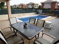 Vakantiehuis 1246505 voor 6 personen in L'Ampolla