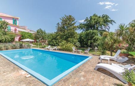 Gemütliches Ferienhaus : Region Pescara für 6 Personen