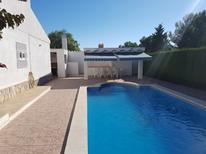 Ferienhaus 1247351 für 10 Personen in Calafat Playa