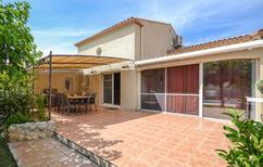 Ferienhaus 1248195 für 8 Personen in Arles