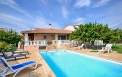 Holiday home 1248208 for 8 persons in Uchaud