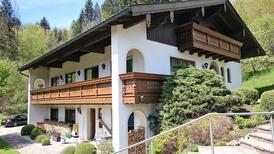 Ferienwohnung 1249019 für 8 Personen in Teisendorf