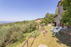 Ferienhaus 1249930 für 12 Personen in Santa Maria a Vezzano