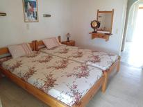 Studio 1250821 for 2 adults + 1 child in Aharavi