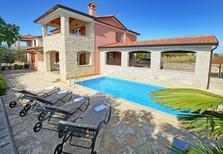 Casa de vacaciones 1250822 para 8 personas en Rogovići