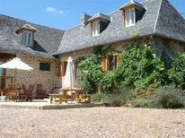Dom wakacyjny 1251891 dla 13 dorosłych + 1 dziecko w Perpezac-le-Blanc