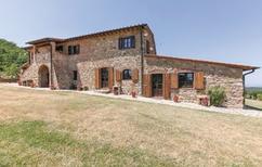 Appartement 1252457 voor 5 personen in Montecatini Val di Cecina