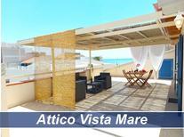 Ferienwohnung 1252918 für 6 Personen in Marina di Ragusa