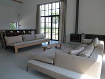 Villa 1253381 per 14 persone in Zuidzande
