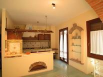 Ferienwohnung 1255707 für 6 Personen in Santa Maria Navarrese