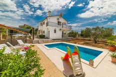 Holiday home 1258210 for 12 persons in Vinisce