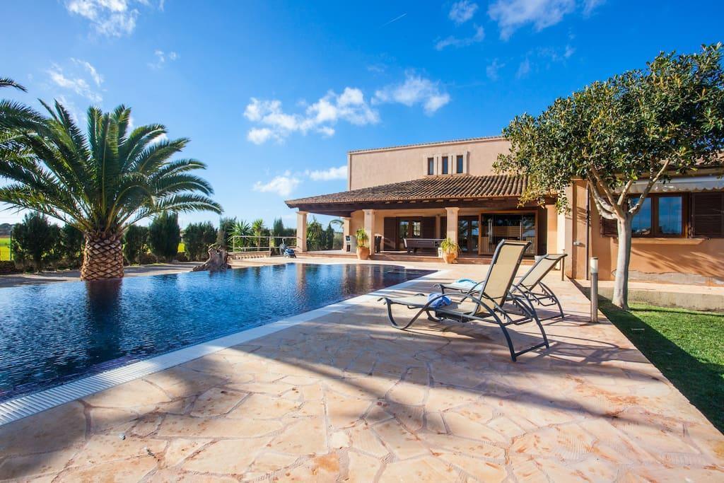 Ferienhaus für 8 Personen ca 380 m² in Ses Salines Mallorca Südostküste von Mallorca