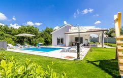 Villa 1259658 per 8 persone in Orbanici