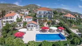 Ferienwohnung 1259786 für 7 Personen in Seget Donji