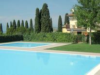 Ferienhaus 1260087 für 4 Personen in Lazise