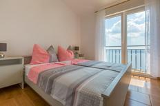 Appartement 1261705 voor 4 personen in Dramalj