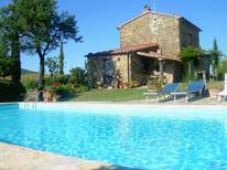 Ferienhaus 1262964 für 9 Personen in Sorano