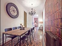 Appartement 1263008 voor 7 personen in Barcelona-Eixample