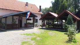 Ferienwohnung 1265257 für 4 Erwachsene + 1 Kind in Smoljanac