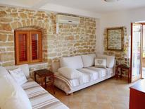Holiday apartment 1266341 for 4 persons in Okrug Donji