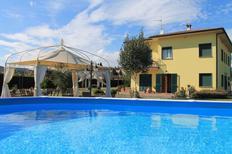 Appartement 1266691 voor 6 personen in San Salvatore