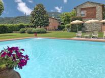 Vakantiehuis 1266850 voor 6 personen in Lucca