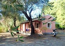 Vakantiehuis 1268010 voor 4 personen in Perama