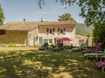 Casa de vacaciones 1268141 para 8 personas en Dieulefit